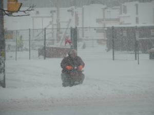 Mesmo com tempestade, teve gente saindo normalmente. Pire aí?